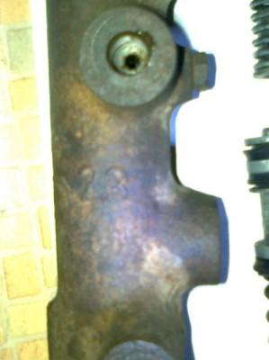 VW с двигателем от Москвича. :-  - номер на цилиндре 23.JPG