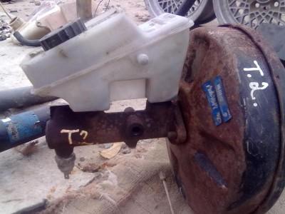 VW с двигателем от Москвича. :-  - вакуум с гл. торм. целиндром.JPG