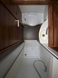 Строим автодом - Custom-Sprinter-Camper-Vans-with-Bathroom.jpg